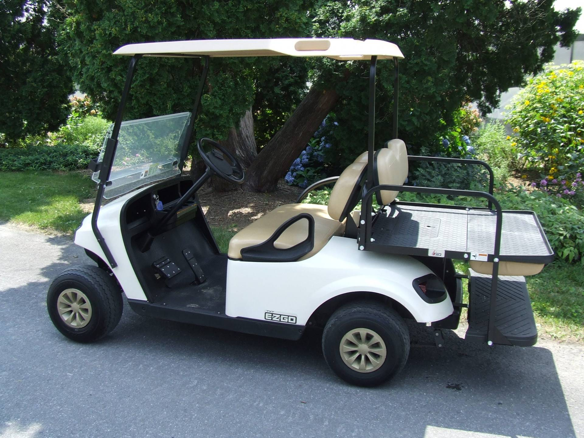 2018 EZGO TXT GAS WHITE – 2 TO CHOOSE FROM
